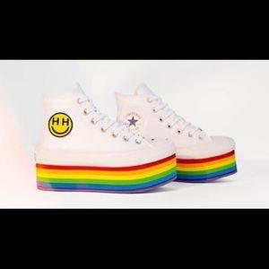 Miley Cyrus LGBT converse sneakers